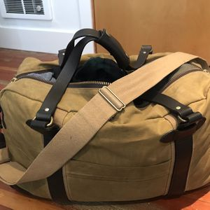 Filson Tan Meridian Duffle for Sale in Kirkland, WA