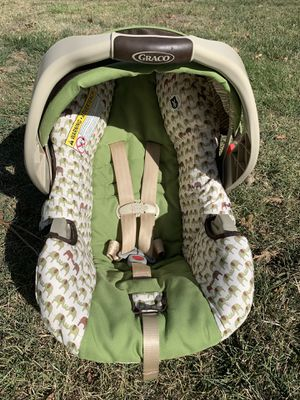 infant car seat for Sale in Pleasant Hill, CA