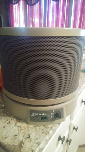 Air humidifier/cleaner for Sale in Fort Worth, TX