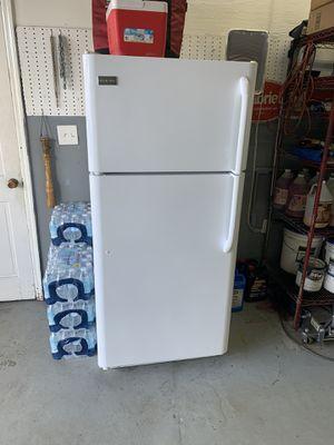 Frigidaire Refrigerator for Sale in New Port Richey, FL