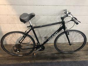 Giant Escape 3.0 Hybrid 29er mountain bike for Sale in Phoenix, AZ