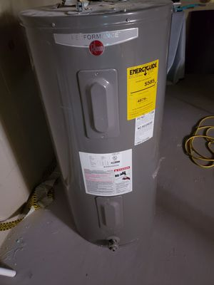 Rheem water heater for Sale in Buena Vista Township, NJ