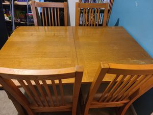 Kitchen table and 4 chairs for Sale in St. Louis, MO