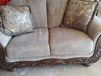 Apt Size Sofa With Two Pillows for Sale in Lakeside,  CA