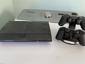 PS3 with 2 controllers and charging dock for Sale in Rolling Hills, CA