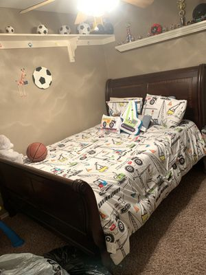 Ashley queen bed frame ONLY for Sale in Trenton, TX
