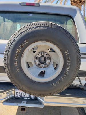 Ford Bronco spare tire for Sale in Jurupa Valley, CA
