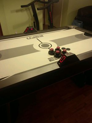 Air hockey table for Sale in Springfield, TN