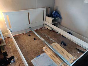 Bedroom Furniture Set for Sale in Milton, WA