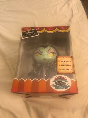Miss Mindy Disney showcase maleficent GITD limited 2019 LACC exclusive for Sale in Lake Elsinore, CA