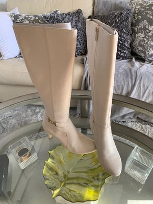 Bandolino Womens Lella Leather Almond Toe Knee High boots for Sale in Boston, MA