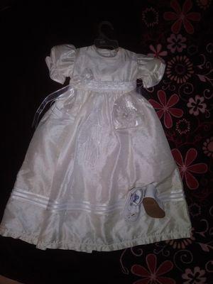 Baby new vestido de bautizo for Sale in Moreno Valley, CA