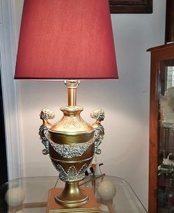 Pair (2) Beautiful Antique Gold Table Lamps for Sale in Washington,  DC