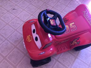 Battery operated kids car for Sale in Tolleson, AZ