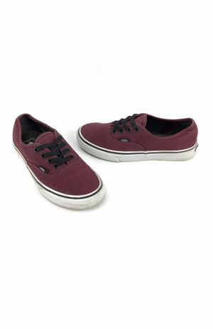 Vans Low Skate Shoes Mens 9 Burgundy. Condition is Pre-owned. See pictures ask questions and make an offer! for Sale in New York, NY