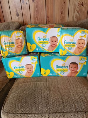 Pampers diapers/ baby wipes for Sale in Molalla, OR