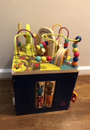B toys zany zoo wooden play cube for toddlers for Sale in Rockville, MD