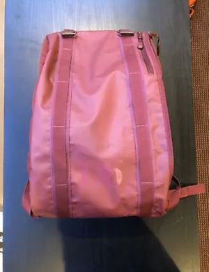 Douchebags The Base 15l Unisex Rucksack for Sale in Meridian charter Township, MI