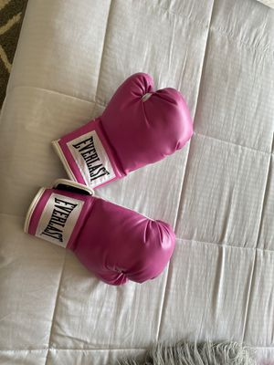 Boxing gloves for Sale in Richmond, VA
