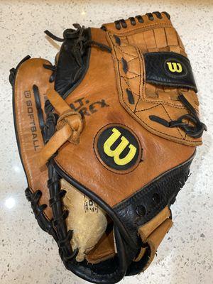 Lefty softball 🥎 glove for Sale in Miami, FL