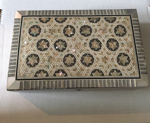 Beautiful jewelry box or decorative box. for Sale in Ashburn, VA