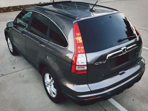 HONDA CRV FOR SALE PERFECT CONDITION SILVER COLOR for Sale in Stockton, CA