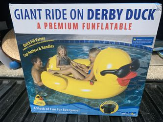Pool floatation inflatables for Sale in Aliso Viejo,  CA