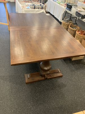 Williams Sonoma Balustrade Dining Table for Sale in Hollywood, FL