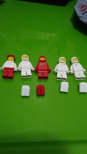 Lego astronauts minifigures for Sale in Palmdale, CA