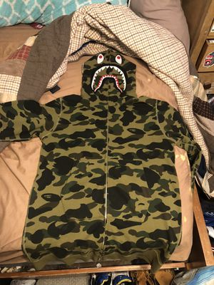 Bape shark hoodie green camo long version [read description] for Sale in San Leandro, CA