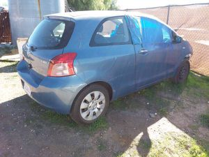 PARTING OUT 2007-2011 TOYOTA YARIS 3 DOOR for Sale in Los Angeles, CA