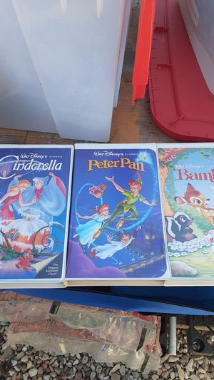 Walt Disney's classic VHS movies for Sale in Jurupa Valley, CA