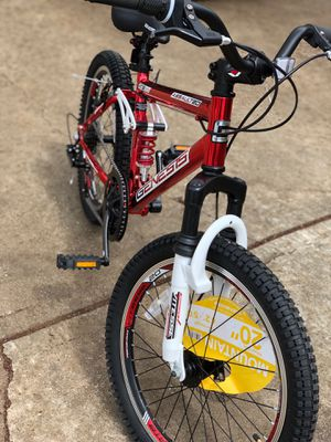 Mountain bike for Sale in Smyrna, GA
