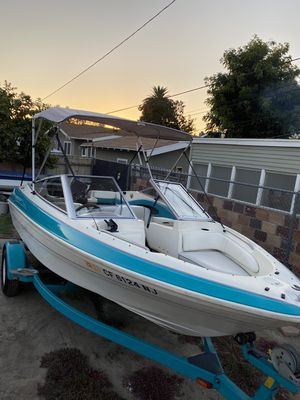 1994 bayliner boat zero issues ready for water today for Sale in Pico Rivera, CA