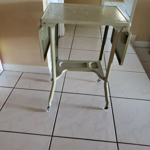 Metal Table With 2 Extentions. for Sale in Tampa, FL
