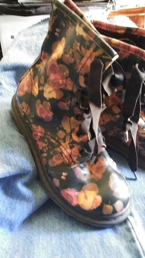 BOOTS women's 7 for Sale in Peoria, AZ
