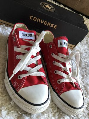Chuck Taylor All Star Converse - Size 2 for Sale in Tampa, FL