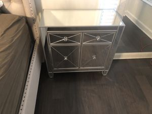 Mirror Accent Cabinet/Drawer for Sale in Ashburn, VA