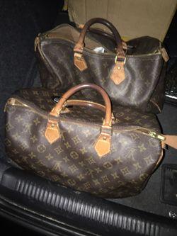 Louis Vuitton Hand bag for Sale in Lynn,  MA
