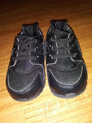 Youth 7c Nike Huarachi for Sale in Columbia, MO