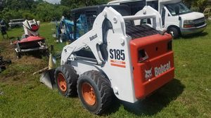 Bobcat Skid Steer model S185 turbo diesel with bucket ready to work for Sale in Pembroke Pines, FL