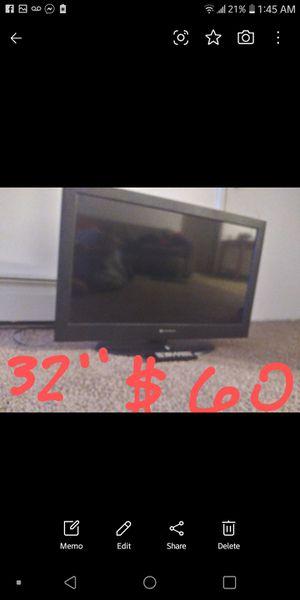 32 inch Element tv with remote for Sale in Grand Rapids, MI