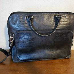 Levenger messenger bag for Sale in Tacoma, WA