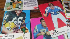 NFL Vintage Cards 2 GB Autographed for Sale in Ruskin, FL