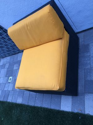 Outdoor couch for Sale in Palm Springs, CA