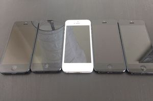 iPhone 5 factory unlocked excellent condition 16 GB or 32 GB lots of the five wholesale for Sale in North Miami, FL