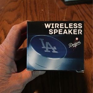 Wireless speaker dodgers for Sale in Thousand Oaks, CA