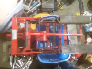 Motorcycle stand for Sale in Aberdeen, WA