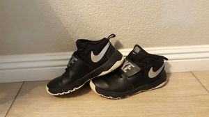 Youth Nike Basketball Shoes for Sale in El Centro, CA