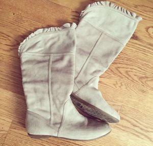 Women's Aldo Fall Boots Size 7.5 in Beige for Sale in Lombard, IL